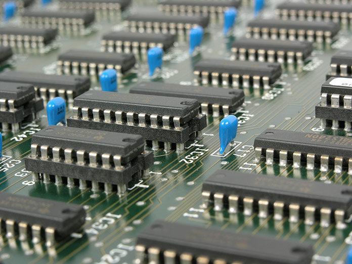 Komputer przemysłowy – na co zwrócić uwagę przy zakupie?